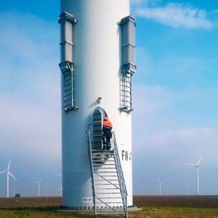 Empresa de trabajos verticales especializada en el sector eólico
