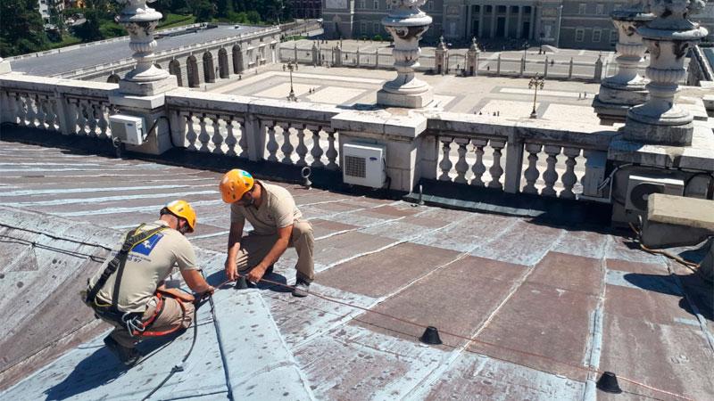 Trabajos verticales en edificaciones instalaciones