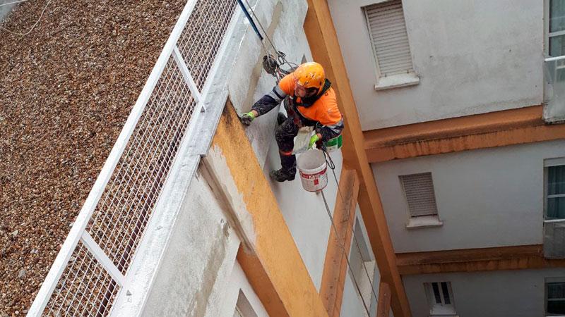 Trabajos verticales en edificaciones rehabilitación de patios