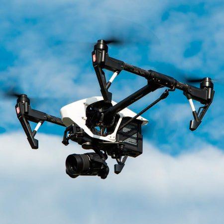 Inspección de instalación eólica revisión dron
