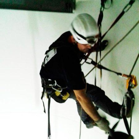 Trabajos verticales en edificaciones soldaduras